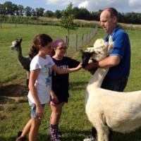 Peyton, Olivia & girls 06-30-14